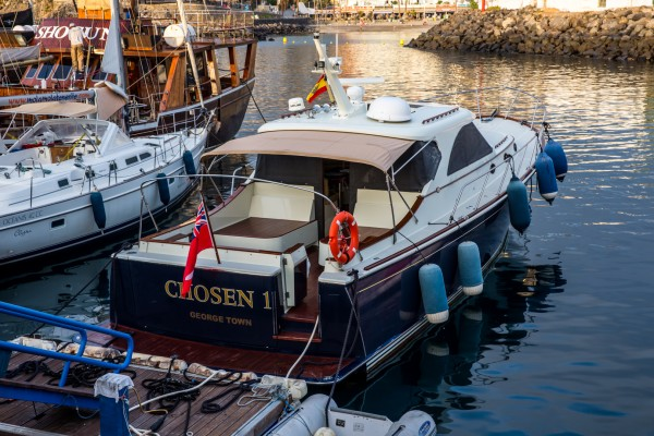 Photo du bateau CHOSEN ONE pour vos excursions en mer en baie de Saint-Malo