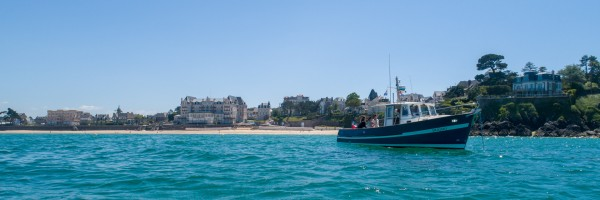 Photo du bateau SEA BAR pour vos excursions en mer en baie de Saint-Malo